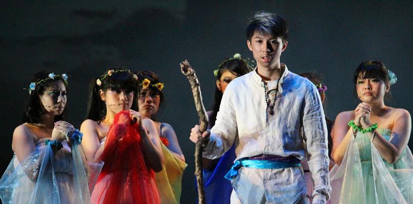 106年4月22日參加全國 學生創意戲劇比賽(總決賽)